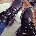 Морщины на лаковой обуви