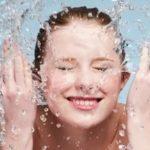 Мицеллярная вода от прыщей помогает ли