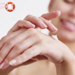 Как избавиться от морщин на руках в домашних условиях