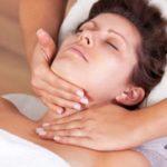 Косметический массаж шеи и зоны декольте