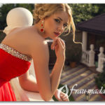 Прическа к красному платью для девочки