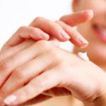 Почему шелушится кожа на подушечках пальцев