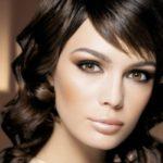 Яркий вечерний макияж для карих глаз